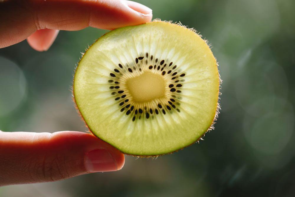 kiwi plant based vitamin c